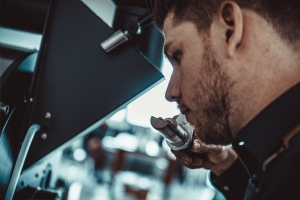Tim und Sebastian Kaffeezubereitung